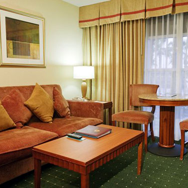 Peacock Suites Next To Disneyland Southern California Timeshare