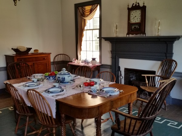 600x450 Alabama Constitution Village dining room